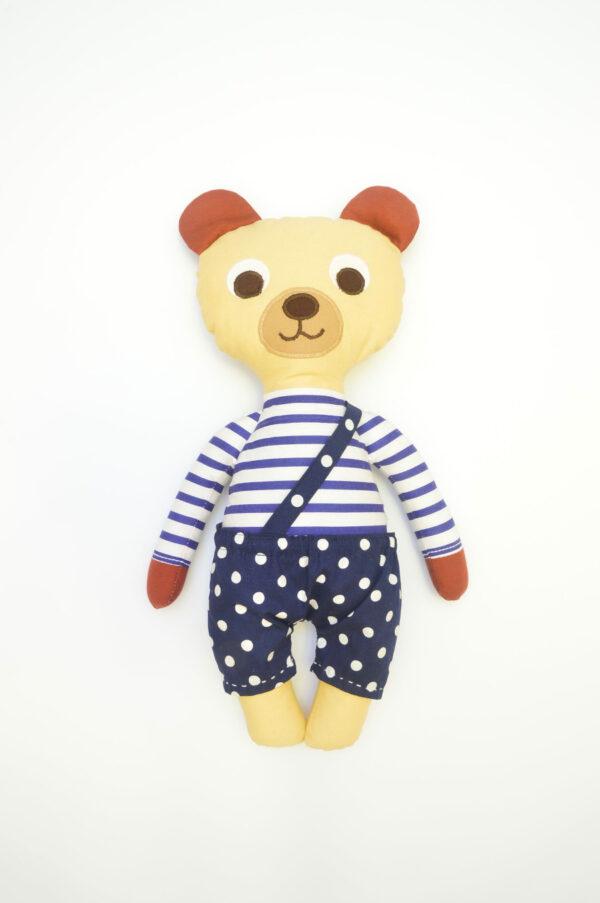 medvídek Hugo v modrých kalhotkách