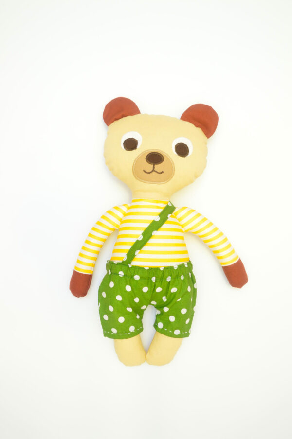 medvídek Bonifác v zelených kalhotkách