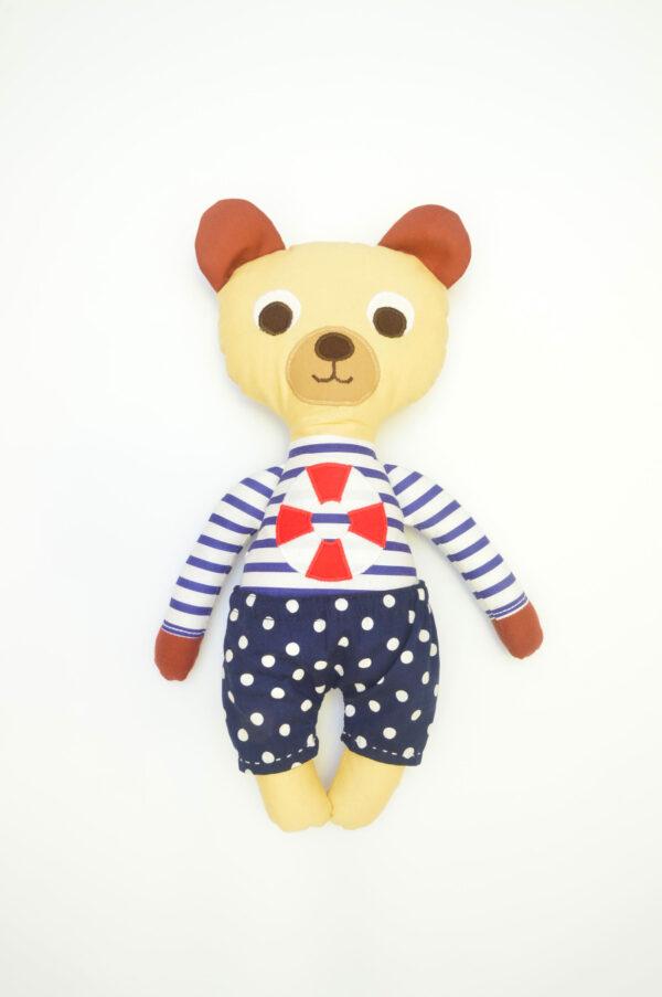 medvídek František v modrých kalhotkách