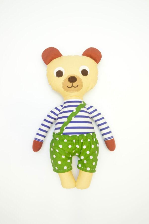 medvídek Hugo v zelených kalhotkách