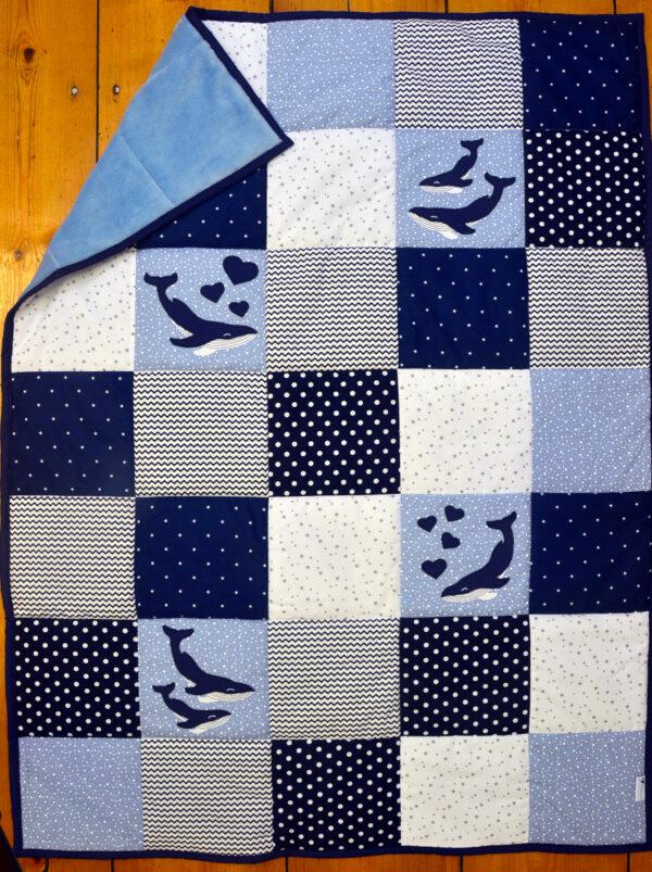 deka velrybí láska na modré s kožíškem